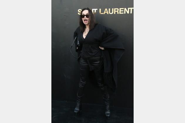 Béatrice Dalle au défilé Saint Laurent