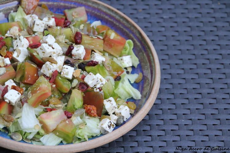Salade aux tomates anciennes à la féta