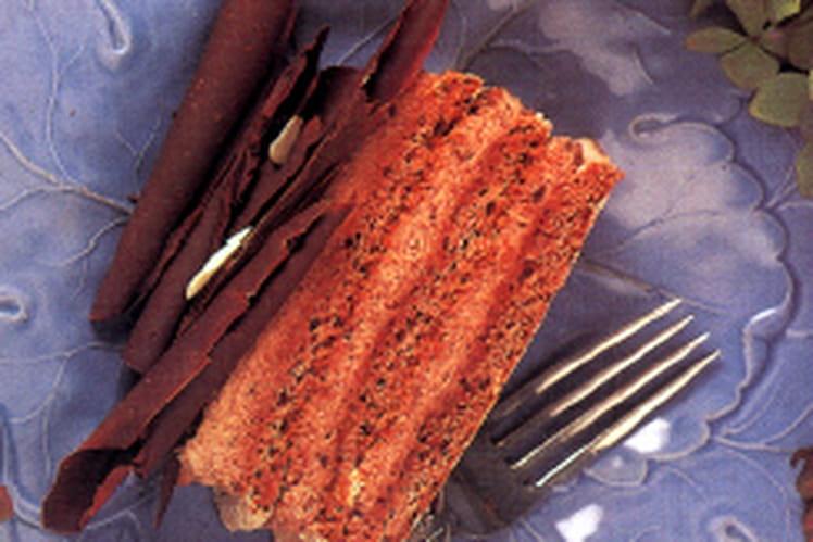 Gâteau à la crème chocolat et meringue aux amandes