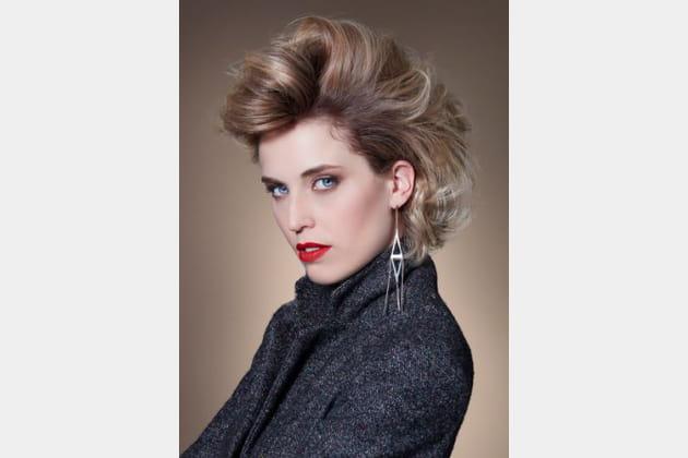 La coiffure bombée pour un effet rock