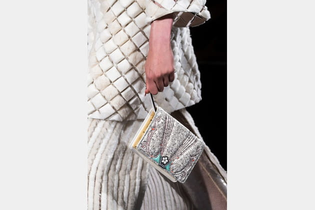 Fendi Couture (Close Up) - photo 17