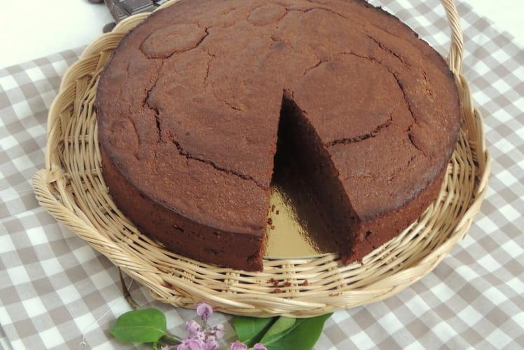 Gâteau mousseux au chocolat à la cassonade