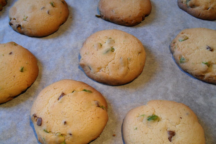 Cookies/sablés bretons, pistaches et pépites de chocolat