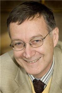 le professeur antoine flahault est épidémiologiste, il est directeur de l'ecole