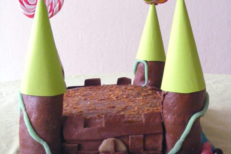 """Gâteau d'anniversaire 3D """"Château Fort"""""""