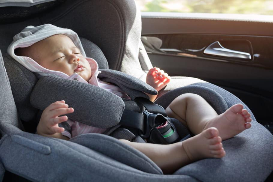 Pourquoi bébé ne doit-il pas dormir dans son siège-auto?