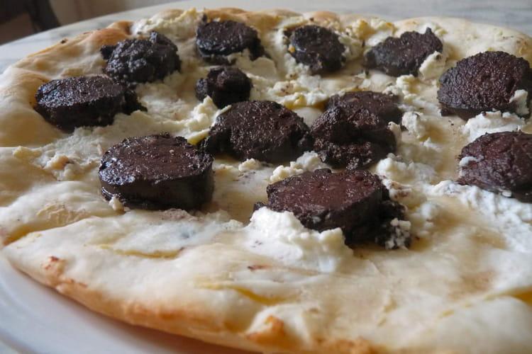 Pizza design noire et blanche