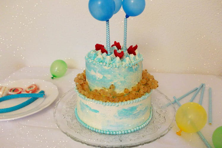 Layer cake aux ballons citron framboise
