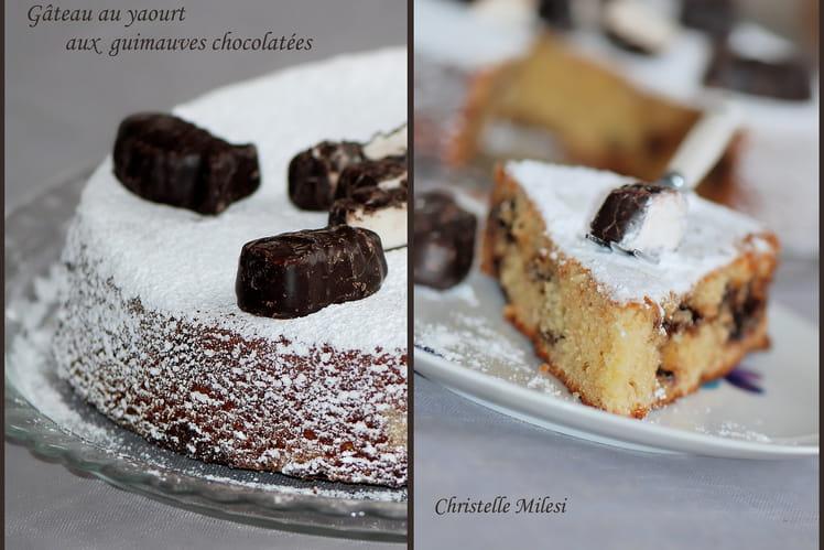 Gâteau au yaourt aux guimauves chocolatées