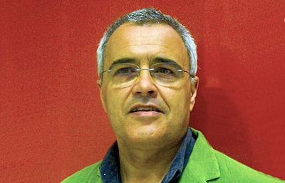 mario de castro, auteur d'un livre de recettes portugaises.