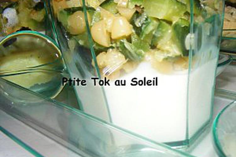 Panna cotta à la feta, topping courgette-pignon en verrines