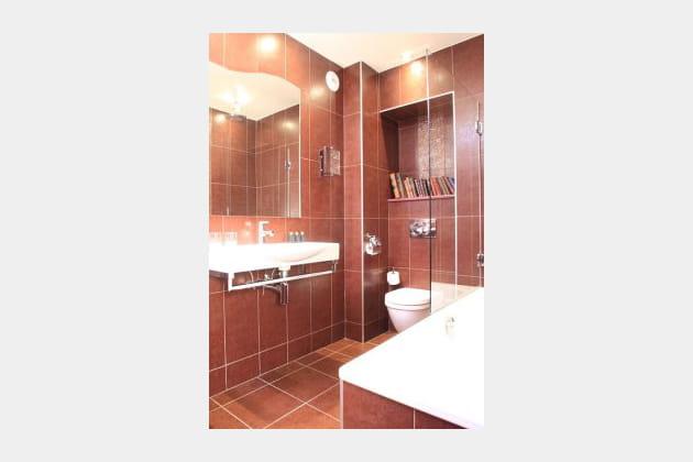 """Une salle de bains """"épicée"""""""