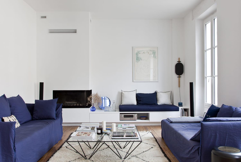Salon design: comment donner un style contemporain à la pièce de vie?