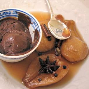 poires épicées au banyuls, sorbet chocolat