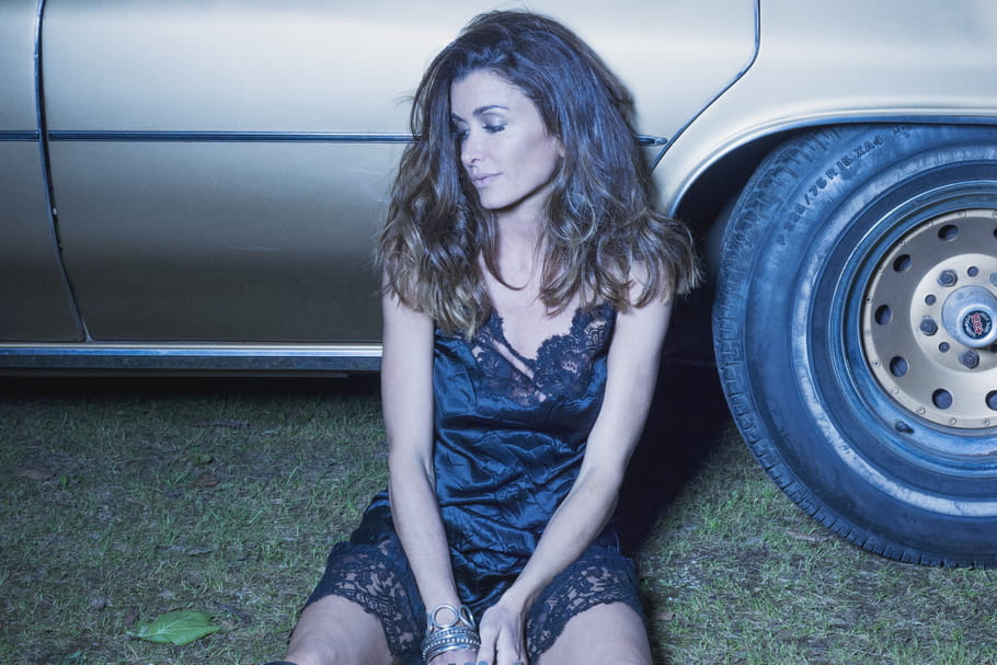 "Jenifer : son clip ""Paradis secret"" en ligne"