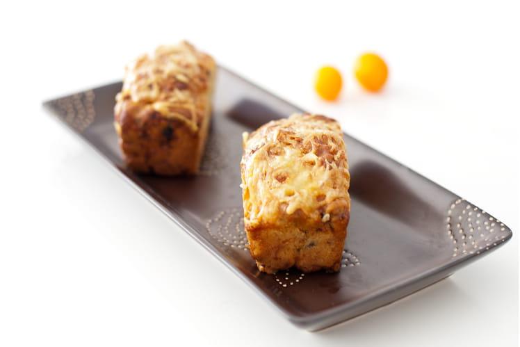 Minicakes aux pruneaux et lardons fumés