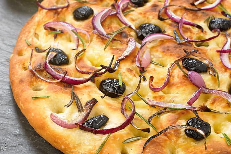 Focaccia aux olives et romarin sur sa pâte à pizza au Levain Croustipate