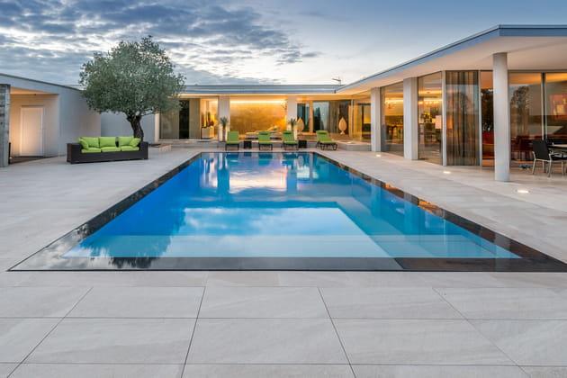 Rénovation de piscine: trophée d'argent
