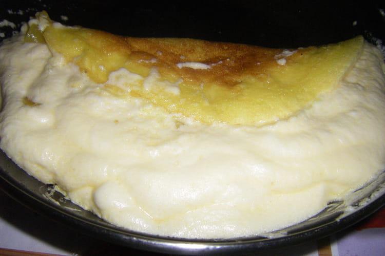 Omelette flambée aux abricots