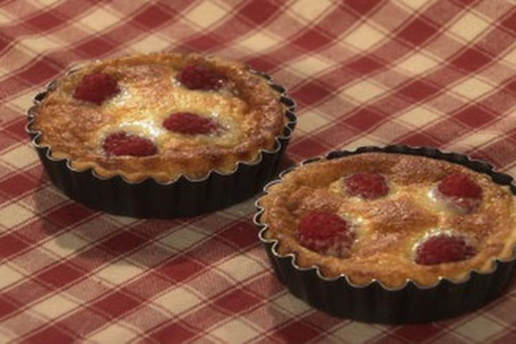 Tartelette soufflée au chocolat blanc et framboises