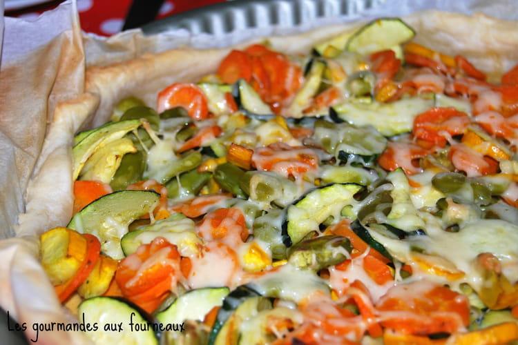 Tarte aux légumes (carottes, courgettes jaune et verte, fève)