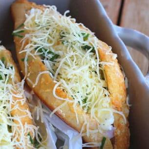 petits pains gratinés au four