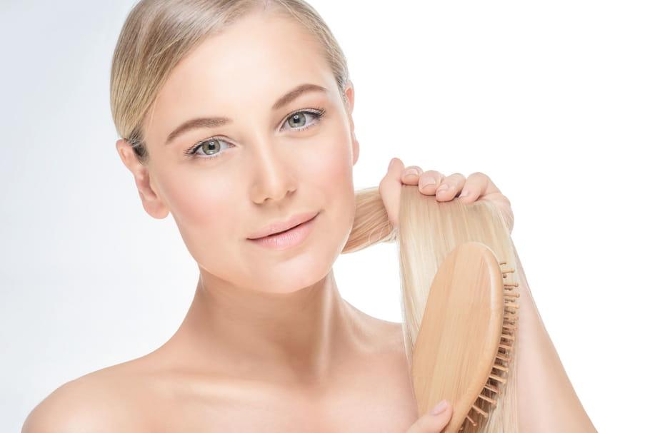 Les meilleures brosses à cheveux: comment choisir la bonne?