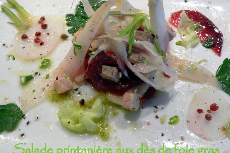 Salade printanière aux dés de foie gras