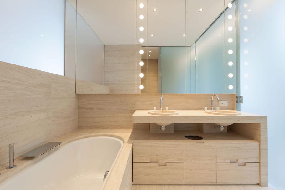 Comment éclairer la salle de bains?