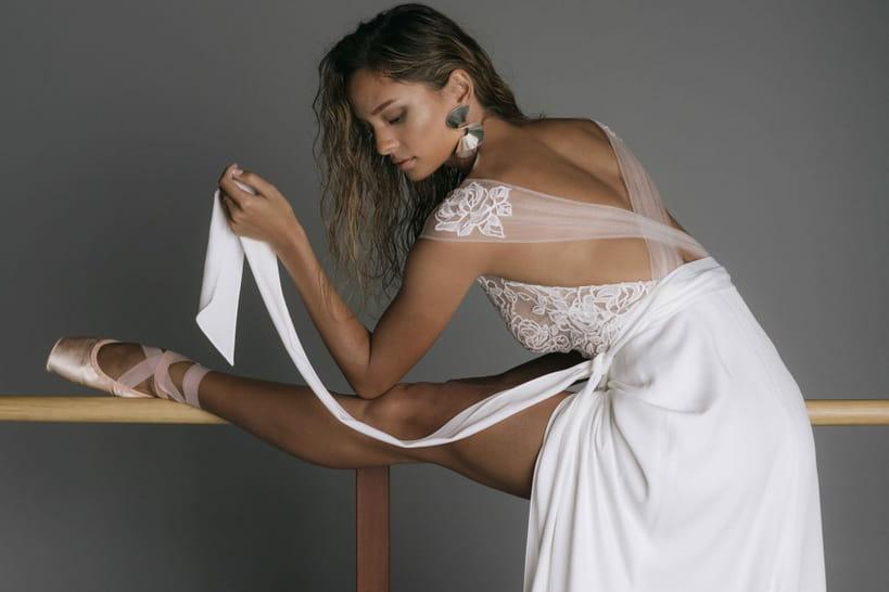 Rime Arodaky: une collection moderne et élégante