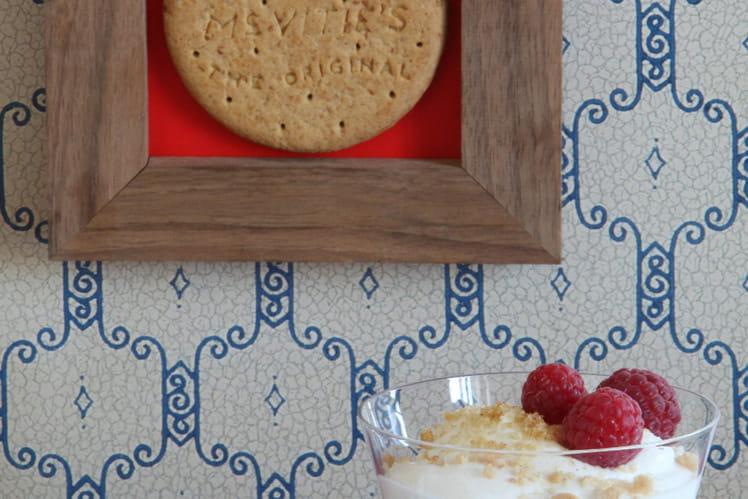 Trifle à la framboise et aux éclats de Digestives
