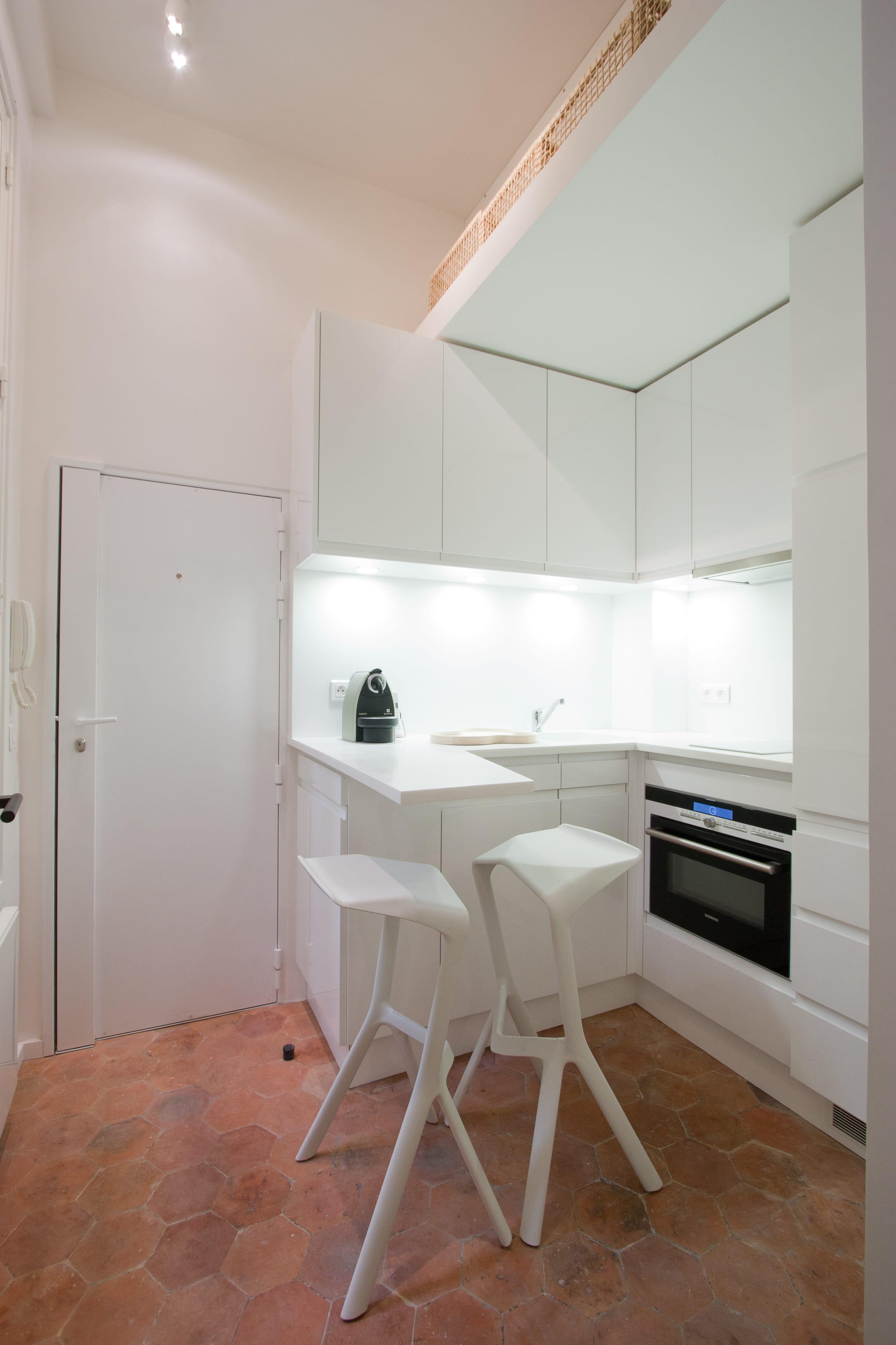 18 id es pour une petite cuisine optimis e et fonctionnelle for Salon pour petite surface