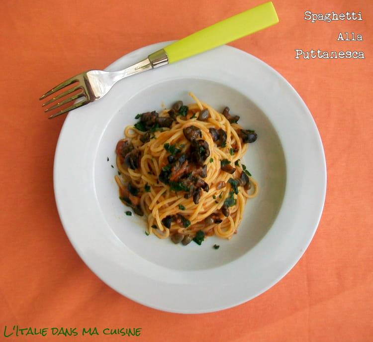 Recette De Spaghetti La Puttanesca La Recette Facile
