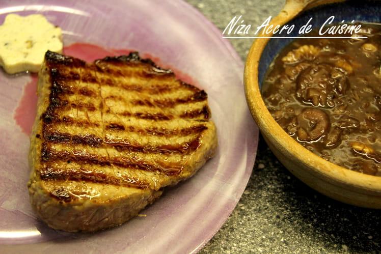 Steak sauce champignon, vin rouge et noix
