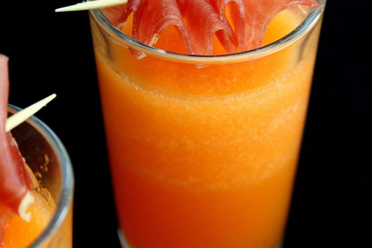 Verrines de gaspacho de melon et porto