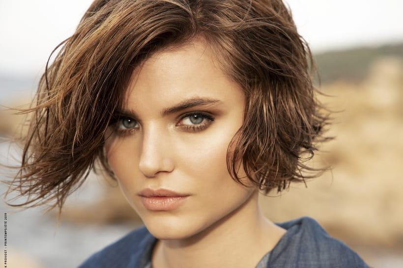 Se Couper Les Cheveux Soi Meme Carré Plongeant Gratuit | Blaguesfun
