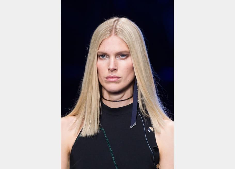 Versace (Close Up) - photo 16