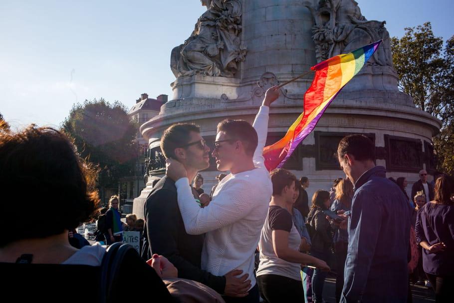 """Purge gay en Tchétchénie: du danger d'être homo au """"génocide"""""""