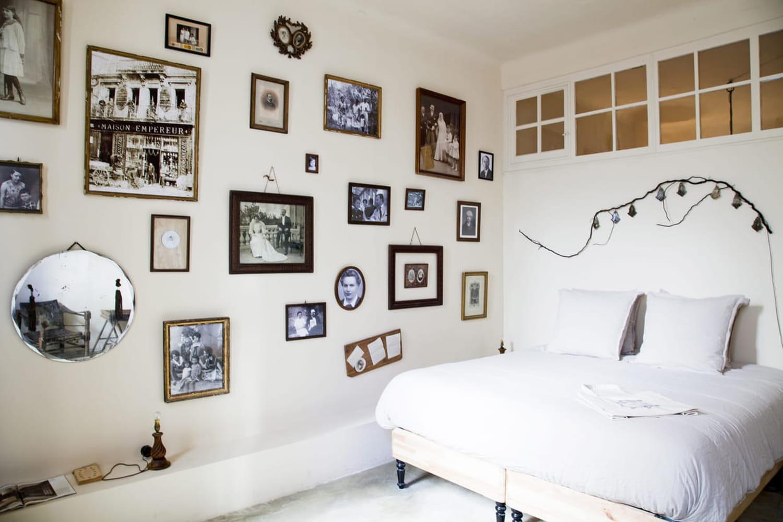 Chambre vintage: comment créer un coin nuit rétro chic?