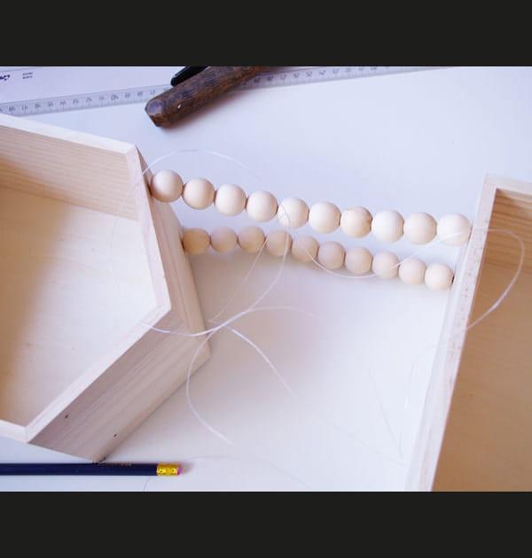 Etape 4: continuer l'enfilage des perles