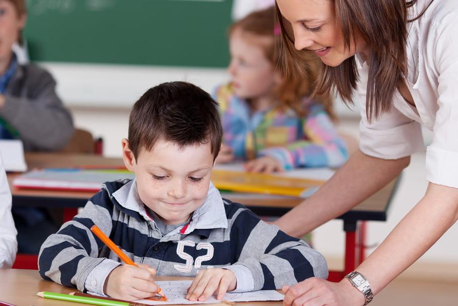Education prioritaire: un enseignant supplémentaire dans toutes les classes