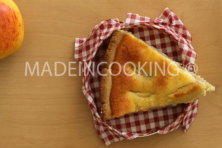 Tarte aux pommes normande à la crème
