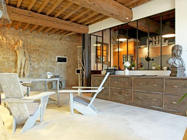 Une verri re de style atelier for Verriere interieure prix