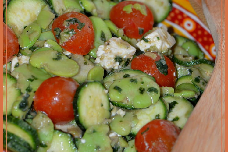Fèves et courgettes en salade printanière