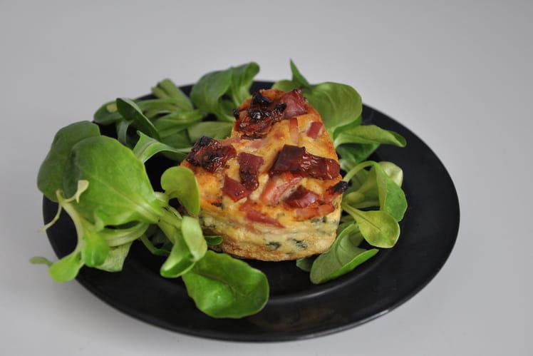 Cakes individuels aux légumes et viande sans gluten