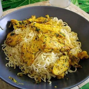 emincés de poulet au curry et à la coriandre