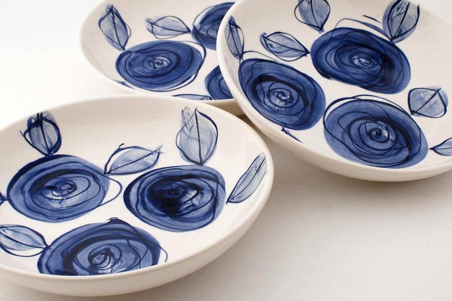 La vaisselle Delft Blue prend un coup de jeune