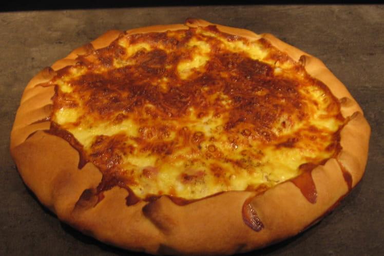 Quiche lorraine gratinée au fromage