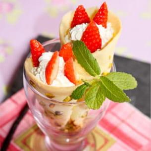 cornet pistache, fraises chantilly au mascarpone