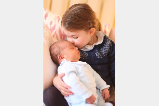 Louis de Cambridge avec sa grande-sœur princesse Charlotte